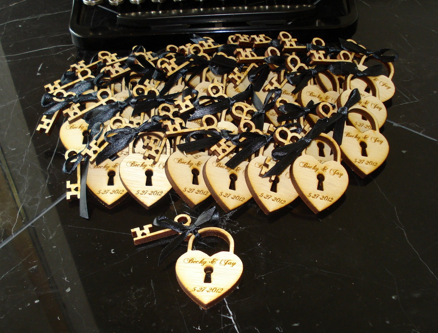 215 Heart And Skeleton Key Wedding Favors By Etchedintimellc