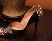 vintage 50s 60s black leather and leopard print stiletto heels shoes