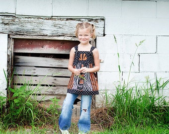Girls sizes 3/4, 5/6, or 7/8, Customized School Spirit Wear DRESS or TUNIC. A fun and unique way to show YOUR spirit.