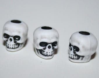 144 Skull Beads White Plastic Antiqued