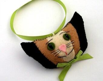 Christmas Cat Ornament, Homemade Cat Ornaments, Felt Cat Ornament, Cat Head Ornament, Cat Ornaments, Xmas Cat Ornaments, Cat Bowtie TIRAMISU