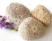 crochet, lace stone - 3 Nature decorated river pebble stones, covered with vintage fabric lace motif, hand made, by Mintook.