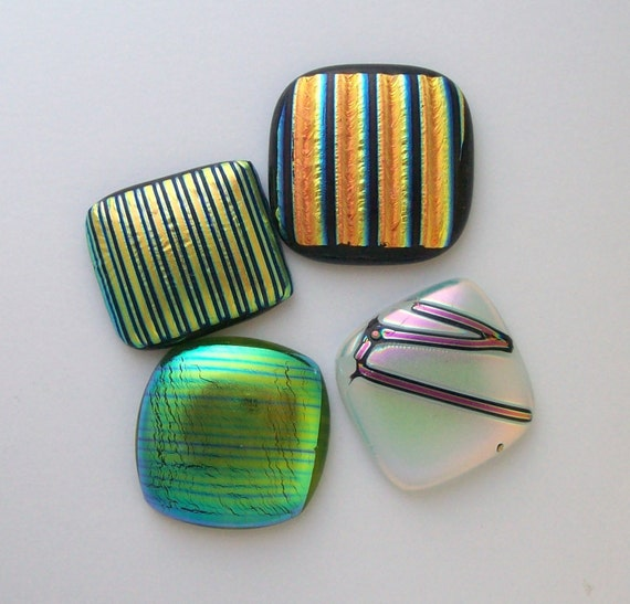 Dichroic Fused Glass Cabs 9512
