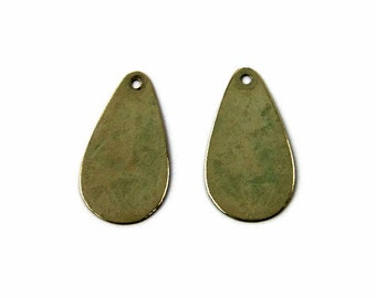 brass teardrop charm, double-sided olive green patina 24x12mm, 2 charms (348OD)