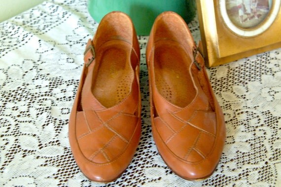 1970s Shoes // Woven 9 West Loafers // Vintage Shoes // Size 6