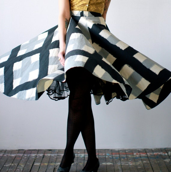 1950s Circle Skirt // Mending Fences // Vintage Circle Skirt // 24 Waist