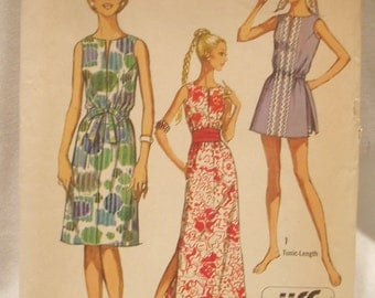 Wonderful vintage 70's 1971 Simplicity Pattern 9359 for Ankle or knee length Dress Tunic Shorts Size 10 Uncut FF