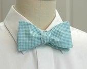 Men's Bow Tie in aqua gingham (self-tie)