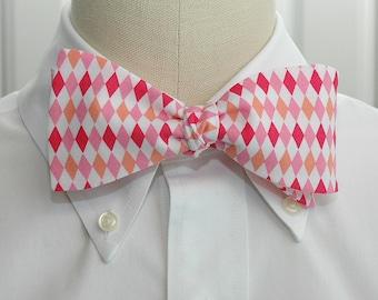 Men's Bow Tie in pinks and white harlequin diamonds, geometric print bow tie, wedding party wear, groomsmen gift, groom bow tie,