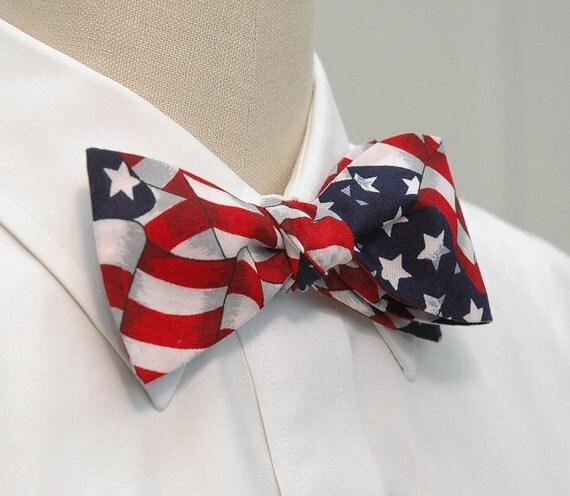 Men's Bow Tie in American flag design (self-tie)