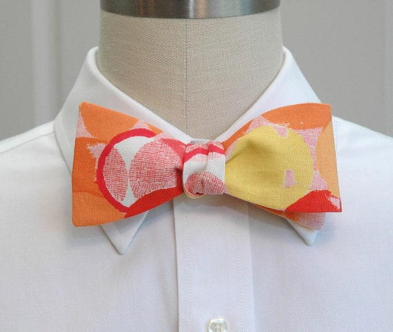 Men's Bow Tie in retro red, orange and yellow circles
