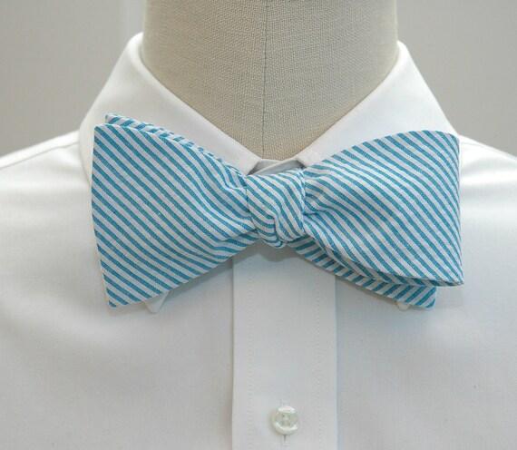Men's bow tie in turquoise seersucker (self-tie)
