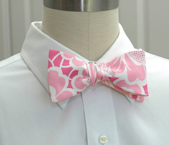 "Men's Bow Tie in Lilly ""Belle of Lillyville"" pink"