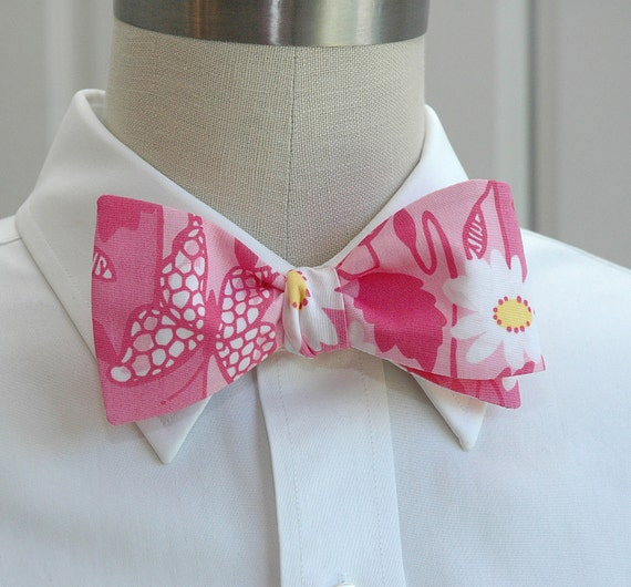 "Men's Bow Tie in pink Lilly ""Socialite"" design"