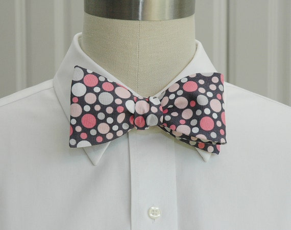 Men's Bow Tie in grey with pink, white and pearl dots