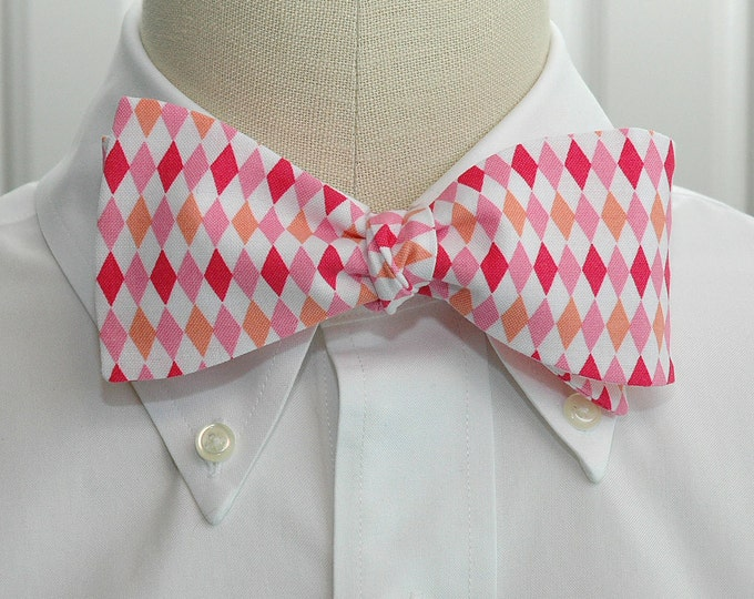 Men's Bow Tie in pinks and white harlequin diamonds, geometric print bow tie, wedding party wear, groomsmen gift, groom bow tie,
