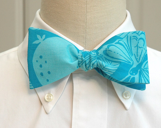 Men's Bow Tie, turquoise Monarch butterfly Lilly print bow tie, blue bow tie, wedding bow tie, groom bow tie, summer bow tie, prom bow tie