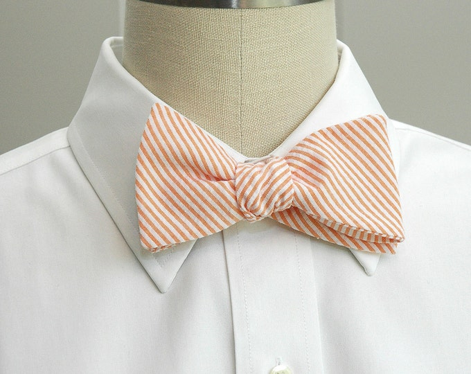 Men's Bow Tie, orange seersucker, wedding party tie, groom bow tie, groomsmen gift, wedding accessory, orange bow tie, self tie bow tie