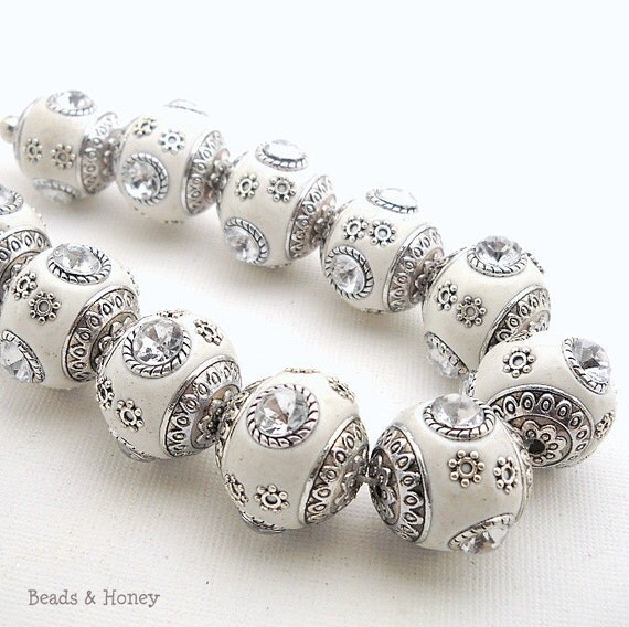 Tibetan Style Bead, White and Silver with Clear Crystal, Acrylic, Round Ball, 18-20mm, 4pcs - ID 946