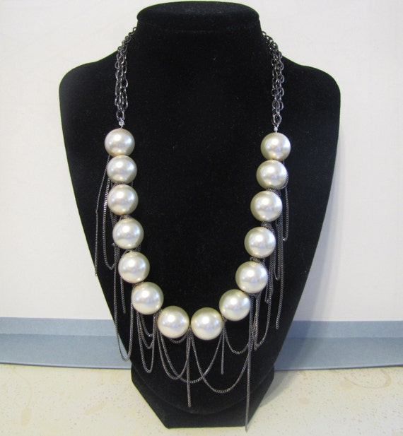 SALE - LARGE PEARLS WITH CHAINS