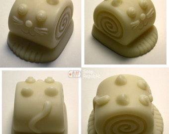 Curly Cat Silicone Soap Mold ( Soap Republic )