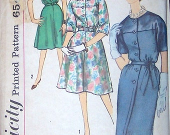 60s Simplicity 4096 Dress with Slim or Flared Skirt,  Round Collar Size 18 Bust 39 Mad Men