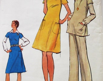 70s Vogue 8354  Tunic and Pants, A Line Jumper, Dress and Blouse - Size 16 Bust 38