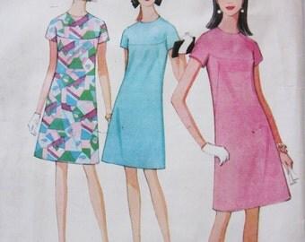 60s McCalls 8662 Yoked A-Line Dress Knee Length Size 14 Bust 34