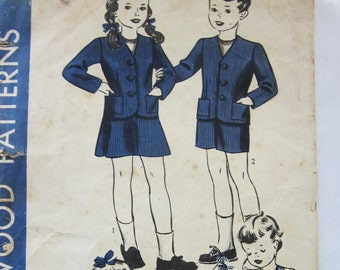 40s Hollywood 749 Girls and Boys Jumper and Bib Top Skirt or Pants Size 2 Years Breast 21
