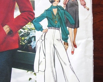 70s Vogue 1150  Fitted Jacket, Flared Pants, Shirt with Collar and Scarf, Bill Blass -  Size 12 Bust 34