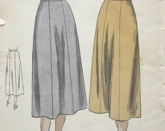 50s Vogue 8207 Slim Skirt with Six Gores and Pleats Fishtail, Waist 28 Hip 37