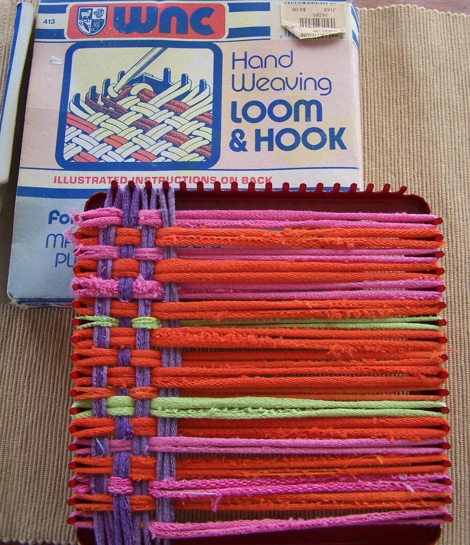 Hand Weaving Deluxe Metal Loom Wnc 413 In Box Pot Holder
