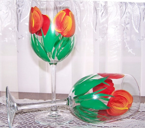 Wine Glasses with  Red Tulips Set of 2
