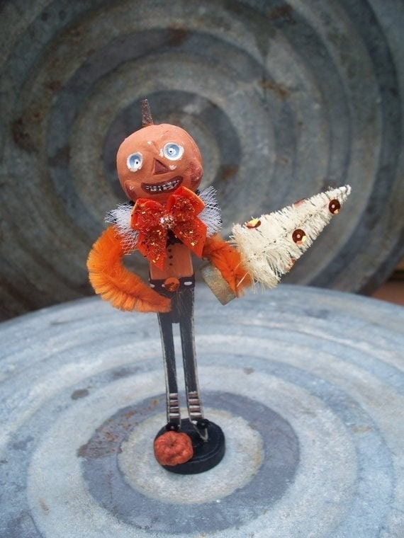 Primitive Folk Art Clothespin Halloween Pumpkin