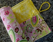 Great Easter gift crayon roll holds 8 crayons