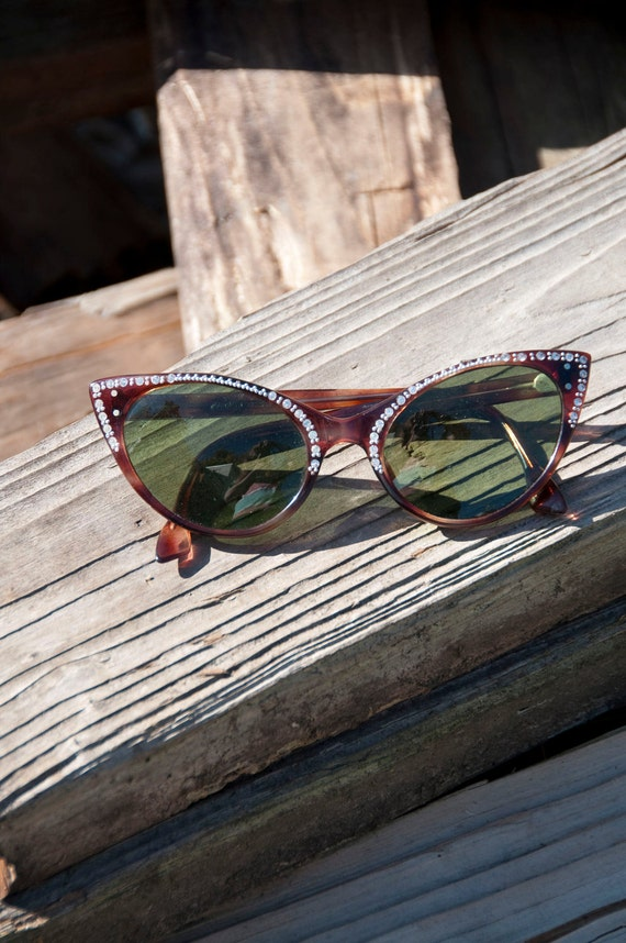 Vintage Simply Purrfect 1950s Cat Eye Sunglasses Tortoise Shell and Rhinestones France French