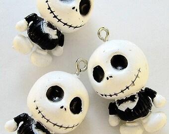 B353- 4pcs Jack, Smile. Plastic Charms