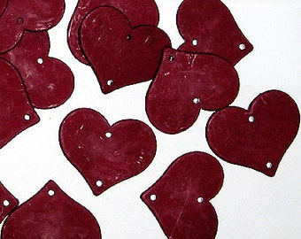 B220- 4pcs Imitation Wood Cracked Heart Charms, Matte Red Wine