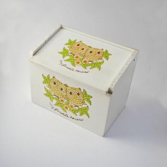 Recipe box vintage wood owl