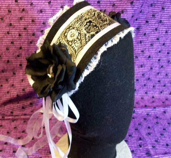 Gothic White Lace and Black Cosplay Victorain Lolita Maid Headdress Bonnet