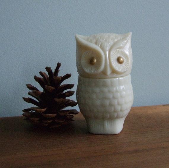 Avon Precious Owl Milk Glass Bird Figurine Decanter