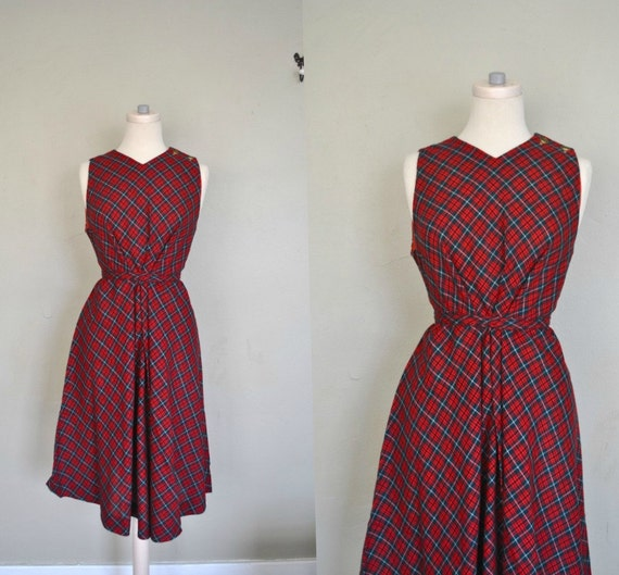 Red Plaid Dress / Large/ XL Dress / Vintage Red Plaid Schoolgirl Dress / Sleeveless Cute Plaid Dress