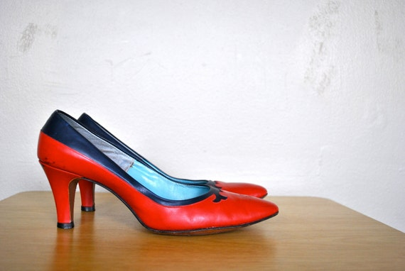 1950s/1960s Vintage Size 7.5 Heels / Vintage Red and Blue AMERICA heels