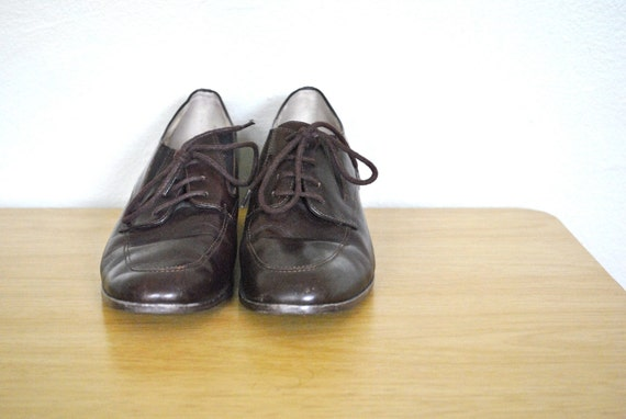 1980s Shoes / Vintage Oxfords / Size 8 Shoes / Leather Women's Oxford Casual Shoes