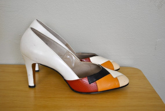 Size 9.5 Woman's Heels / 1980s Leather Multicolored Pumps Red Tan White Funky Heels / Vintage Multicolored Heels /