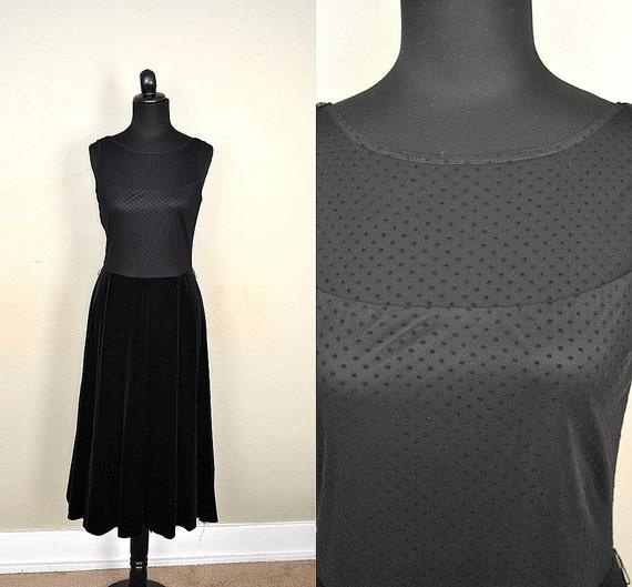 Black Velvet Dress / Vintage Little Black Dress /  1980s Vintage Dress / 1980s Party Dress J.R. Nites by Caliendo