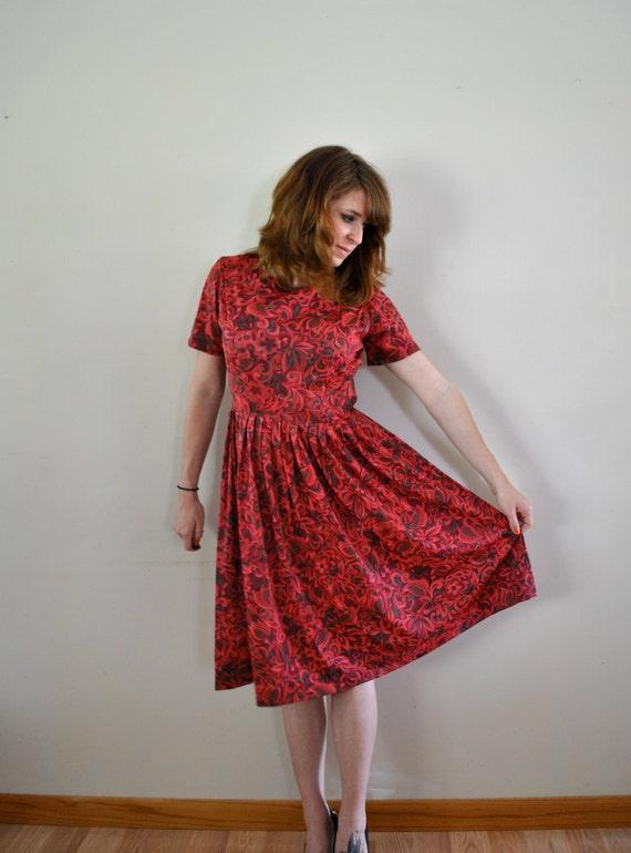 1960s Dress / Medium Spring Dress / Pink Floral Dress / 1960s sundress