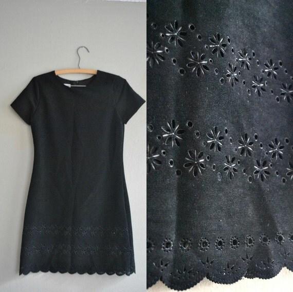 LAST DAY   Vintage Little Black Dress / Vintage Black Dress / 1980s Dress/ 1980s Little Black Cut Out Party Dress