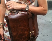 Womens Leather messenger, Leather business bag for women, leather messenger purse custom made by Aixa Sobin Luscious Leather NYC on Etsy