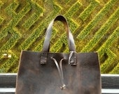 West tote, handmade leather tote bag, handcrafted leather handbag, large holdall, handmade leather bags and totes by Aixa Sobin, bag maker